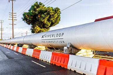 Blog Visionär & Unternehmer Elon Musk Hyperloop 385x227px